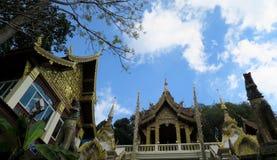 Opinión sobre un templo hermoso y de oro Fotografía de archivo libre de regalías