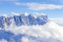 Opinión sobre una montaña Fotos de archivo libres de regalías