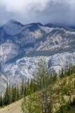 Opinión sobre una montaña en Canadá imagen de archivo libre de regalías