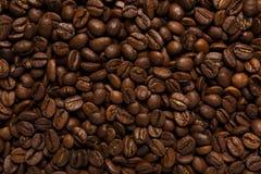 Opinión superior asada de los granos de café Imagen de archivo