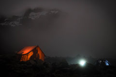 Opinión superior de Kilimanjaro en noche imagen de archivo