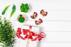 Opinión superior de la caja de regalo de la Navidad con el espacio de la copia Fotos de archivo libres de regalías