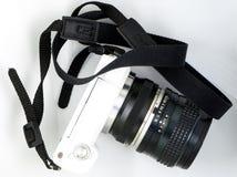 Opinión superior de la mini cámara mirrorless portátil blanca Fotos de archivo libres de regalías