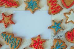Opinión superior de las galletas de la Navidad con el espacio para el texto Foto de archivo