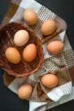 Opinión superior de los huevos de Brown foto de archivo