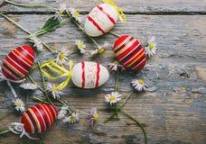 Opinión superior de los huevos de Pascua Imagen de archivo