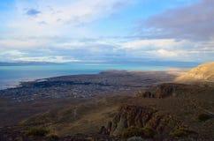 Opinión superior del EL Calafate Nube soñadora mágica del paisaje de la naturaleza de la puesta del sol de la tarde en el cielo e Foto de archivo