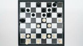 Opinión superior del juego de ajedrez almacen de video