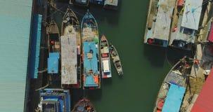 Opinión superior del puerto pesquero almacen de video