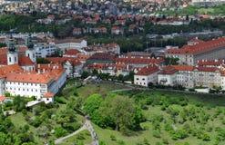 Opinión superior del tejado de la ciudad de Praga Fotografía de archivo