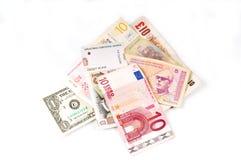 Opinión superior del vario dinero en circulación Imágenes de archivo libres de regalías