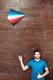 Opinión superior el hombre en piso de madera Foto de archivo libre de regalías