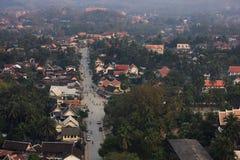 Opinión superior el lao, paisaje, moutain, pueblo Imagenes de archivo