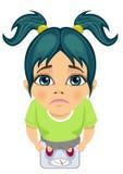 Opinión superior la muchacha triste que se pesa en una escala Imagen de archivo libre de regalías