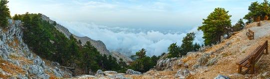 Opinión superior nublada de la mañana del verano del soporte Aenos (Kefalonia, Grecia Imagen de archivo libre de regalías