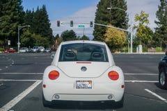 Opinión trasera el escarabajo de VW foto de archivo libre de regalías