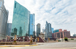 Opinión urbana céntrica de las calles de Chicago, Illinois imagen de archivo libre de regalías