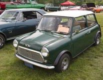 Opinión verde de 1981 Mini Car Side Fotos de archivo