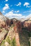 Opinión Zion National Park del top de aterrizaje de Angel's, Utah, los E.E.U.U. Fotos de archivo