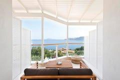 Opiniões do mar da sala de hotel Imagem de Stock Royalty Free