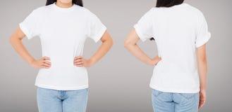 Opiniões traseiras dianteiras da mulher moreno no t-shirt isolado no fundo cinzento, molde, placa fotografia de stock royalty free