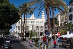 Opini?n de la calle en el centro del gabinete literario del Las Palmas imagen de archivo libre de regalías