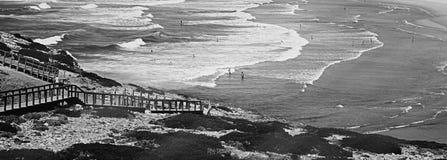 Opini?n de la costa del oc?ano, viaje perfecto y destino del d?a de fiesta foto de archivo libre de regalías