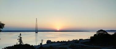 Opini?n de la puesta del sol imagenes de archivo