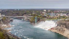 Opini?n del panorama de Niagara Falls foto de archivo