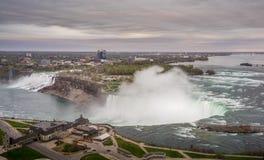 Opini?n del panorama de Niagara Falls imagenes de archivo