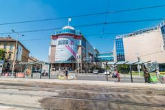 Opini?n diurna de la calle de las calles centrales de Budapest imagen de archivo libre de regalías