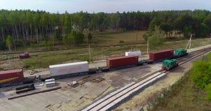 Opini?o do zang?o, transporte da carga pelo trem, transporte de recipientes de transportes do trem de mercadorias dos recipientes vídeos de arquivo