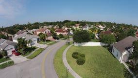 Opinión aérea de los hogares suburbanos Foto de archivo