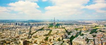 Opinión aérea del panorama sobre torre Eiffel en París Foto de archivo libre de regalías