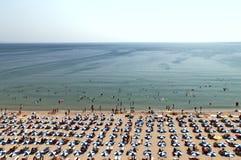 Opinión bird's-eye Bulgaria del día de la playa caliente de Albena Foto de archivo