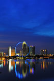 Opinión de la noche de la ciudad de Singapur Fotografía de archivo