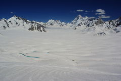 Opinión del lago snow Imagen de archivo libre de regalías