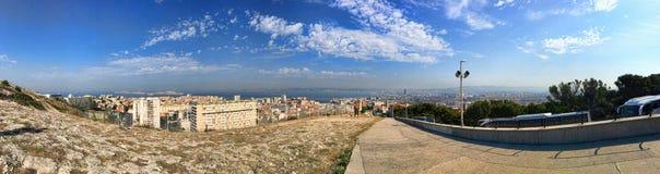 Opinión del panorama de la ciudad de Marsella Fotos de archivo