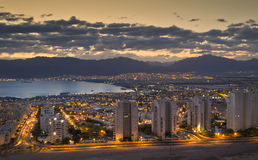 Opinión panorámica sobre Eilat y el golfo de Aqaba Imágenes de archivo libres de regalías