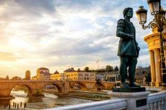 Opinión sobre el puente de piedra Imagenes de archivo