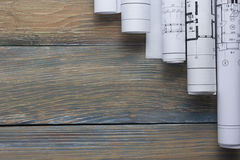 Opinión superior del worplace del arquitecto El proyecto arquitectónico, modelos, modelo rueda en la tabla de madera del escritor Foto de archivo