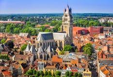 Opinião aérea Saint Salvator Cathedral, cidade velha de Bruges Foto de Stock