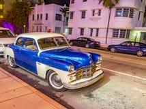 Opinião da noite na movimentação do oceano em Miami Beach Imagem de Stock
