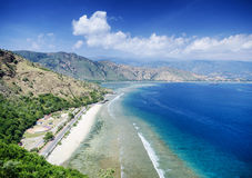 Opinião da paisagem da praia do marco do rei de Cristo perto de dili Timor-Leste Imagens de Stock Royalty Free