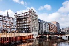 Opinião da rua de Hamburgo do centro, Alemanha Foto de Stock Royalty Free