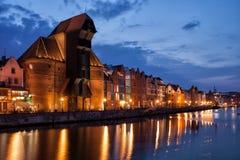 A opinião do guindaste e do rio da cidade velha de Gdansk Foto de Stock