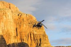 Opinião do helicóptero do por do sol de Grand Canyon Fotos de Stock Royalty Free