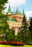 Opinião do jardim do castelo de Bojnice Foto de Stock Royalty Free