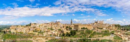 Opinião do panorama na cidade velha de Toledo Imagens de Stock