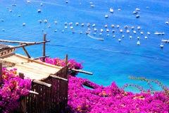 Opiniones de la costa de Amalfi imágenes de archivo libres de regalías
